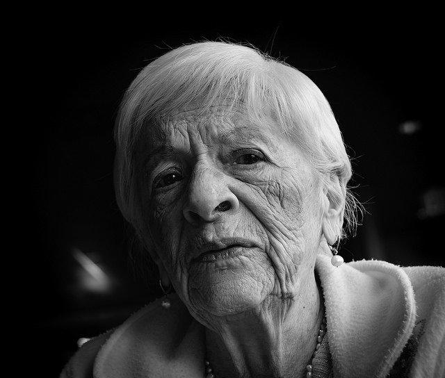 Claudia Libia Dixey  Obituary