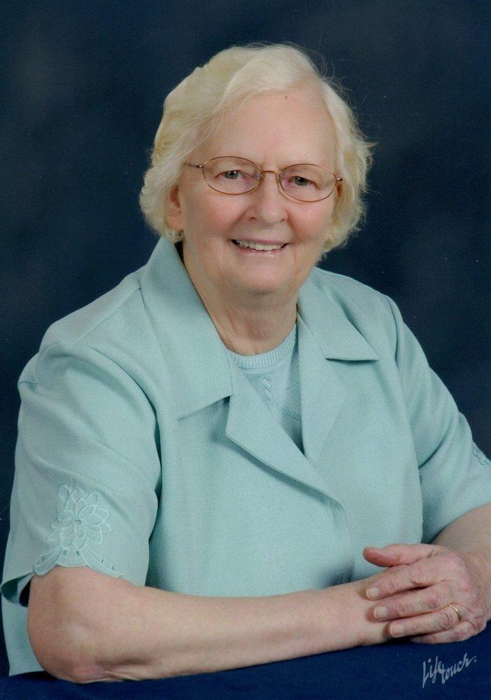 Edna Mae Johnstone  Obituary