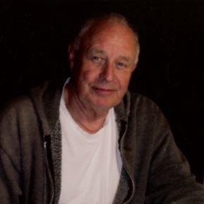 Leon Chase Golden  Obituary