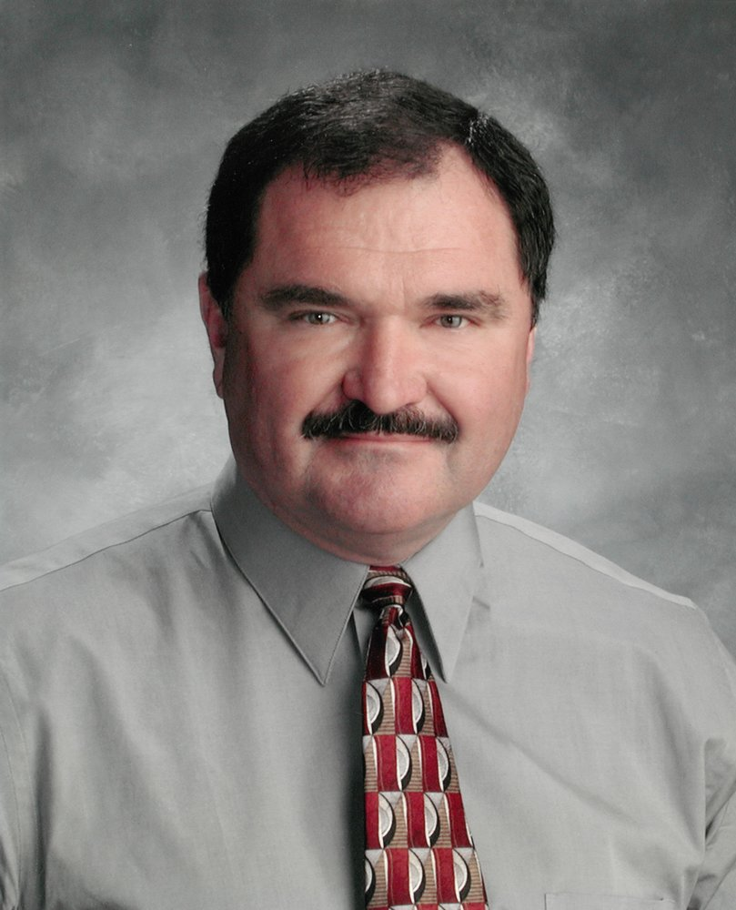 Robert Bob E. Becker  Obituary